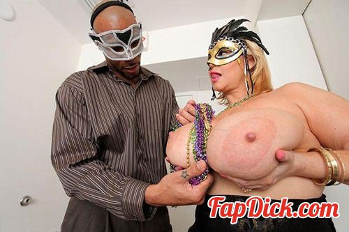 BBWsGoneBlack.com/PlumperPass.com - Samantha 38G - Mardi Gras After Party [HD 720p]