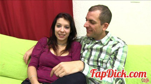 PutaLocura.com - Zenda and Esteban - Fuck your fan [HD 720p]