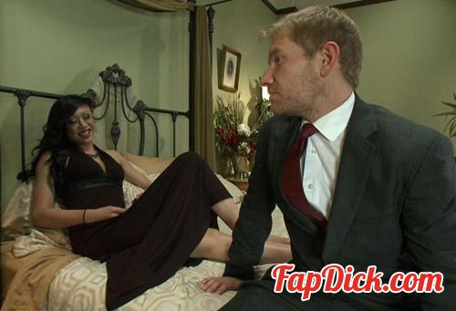 TSSeduction.com/Kink.com - Venus Lux, Alex Adams - TS Venus and her Giant Cum Load - Seducing Her Body Guard [HD 720p]
