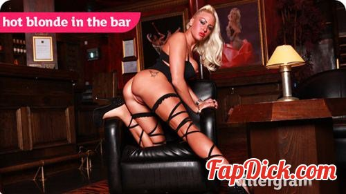 Pornostatic.com/Killergram.com - Lissa Love - Hot Blonde In The Bar [HD 720p]