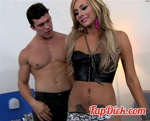HDPorn.com - Nikki Seven - Hollywood Pussy On The Sunset Strip [FullHD 1080p]