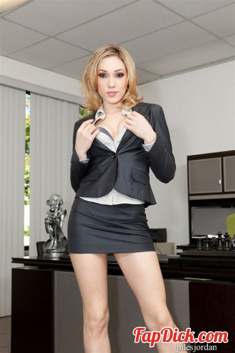 JulesJordan.com - Lily LaBeau, Mandingo - Lily LaBeau Interracial Mandingo Me Please! [SD]