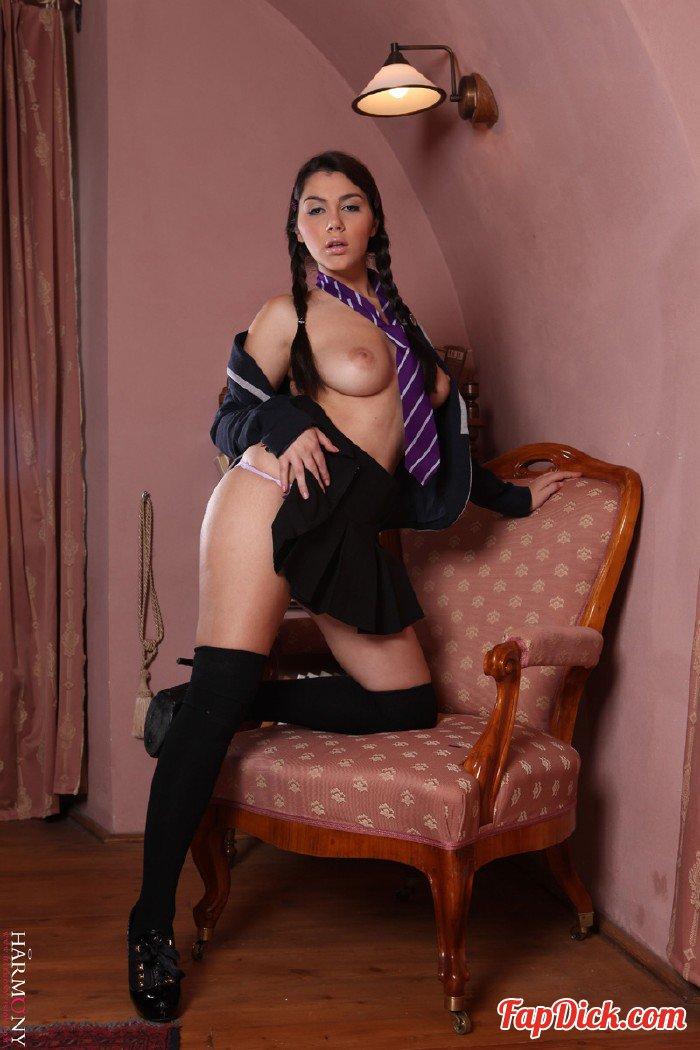 HarmonyVision.com - Valentina Nappi - Disobedient schoolgirl [SD 400p]