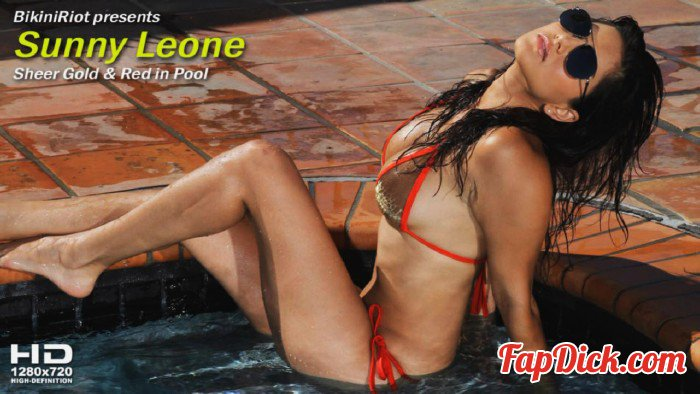 BikiniRiot.com - Sunny Leone - Sheer Gold and Red in Pool [HD 720p]