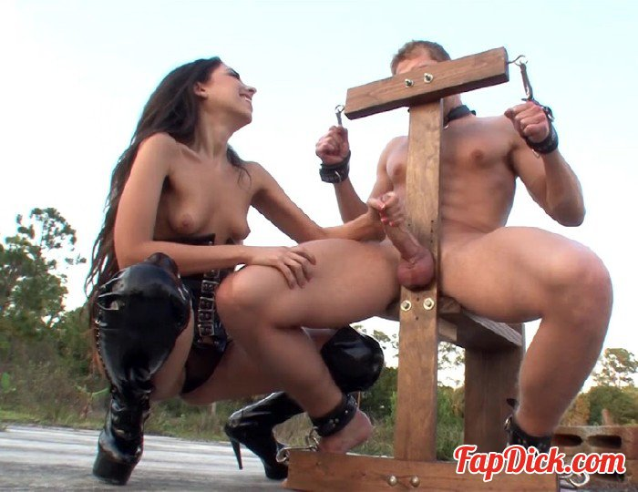 ClubDom.com - Trinity St. Clair - Milked To The Edge [HD 720p]