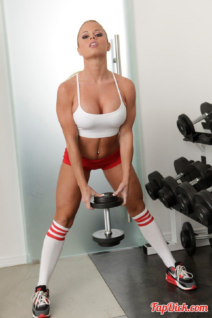 TheRealWorkout.com/TeamSkeet.com - Nikki Delano - Tight Body Hottie [HD 720p]