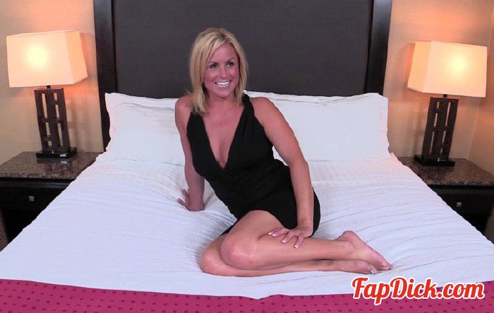 MomPov.com - Lexi - 35 year old hot blonde MILF's porn debut [HD 720p]