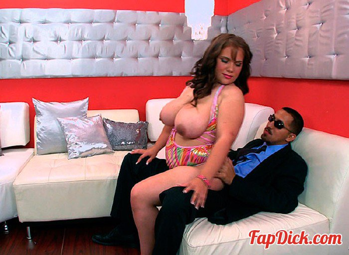 XLGirls.com/ScoreHD.com - Daniella Grey - Big Girl Strip Club [HD 720p]