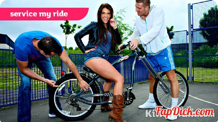 GirlyRiders.com/Killergram.com - Tessa Thrills - Service My Ride [HD 720р]