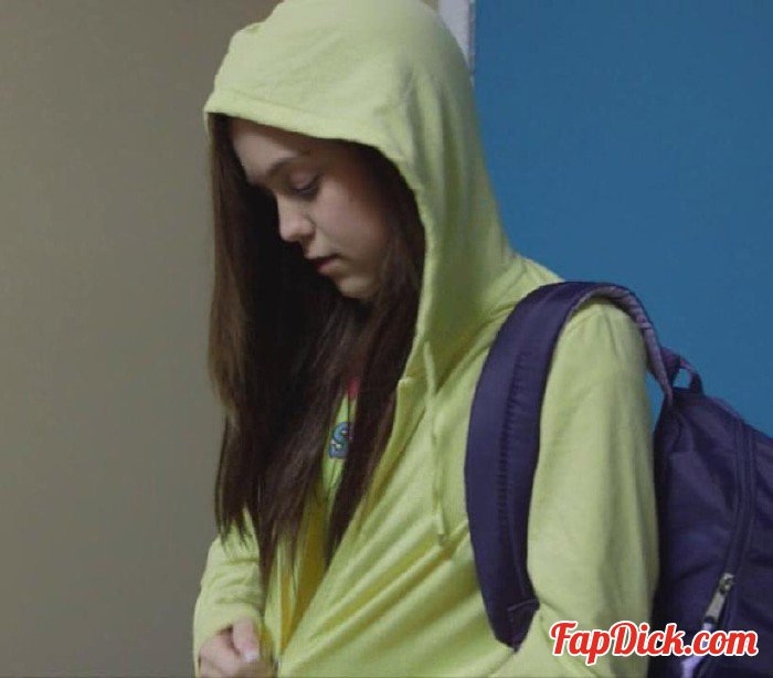 18Eighteen.com/ScoreHD.com - Trinity Rae - Skipping Slut [HD 720p]
