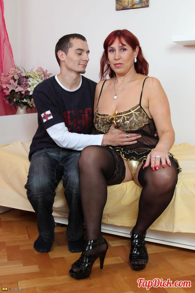 Mature.nl - Darina B. (47) - Mat-Busty Hard 28 [HD 720p]