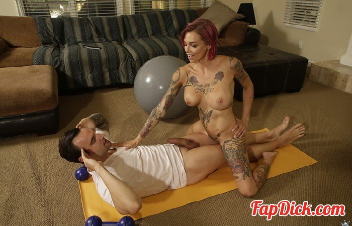 RealityKings - Alex Legend, Anna Bell Peaks - Best Home Workout [HD 720p]